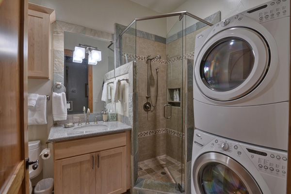 Tahoe Vacation Rentals - Lake Front House - Bathroom 4